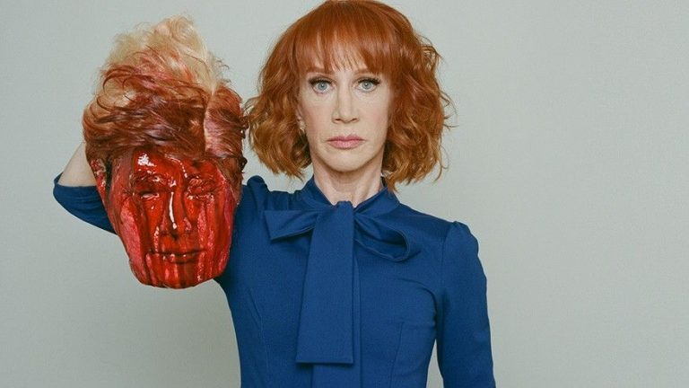 Griffin with Trump's bloodied head.jpg