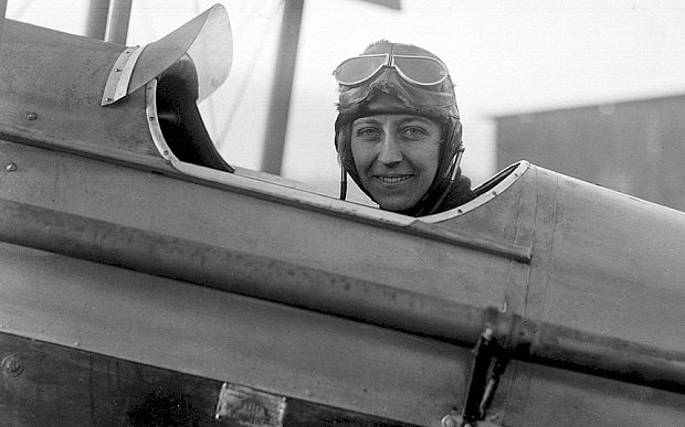 amy-johnson_3459992b.jpg