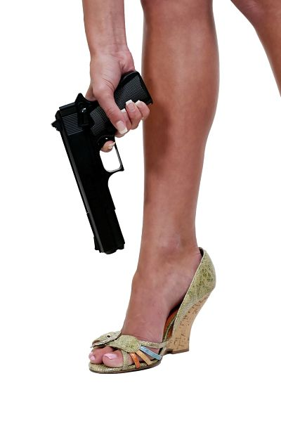 shoot-foot-Fotolia_34080797_M_opt.jpg